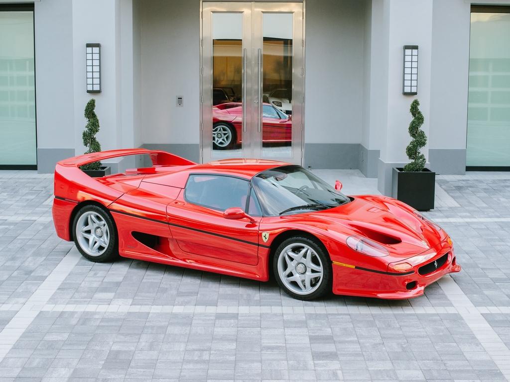 Ferrari F50 104121 Tom Hartley Jnr