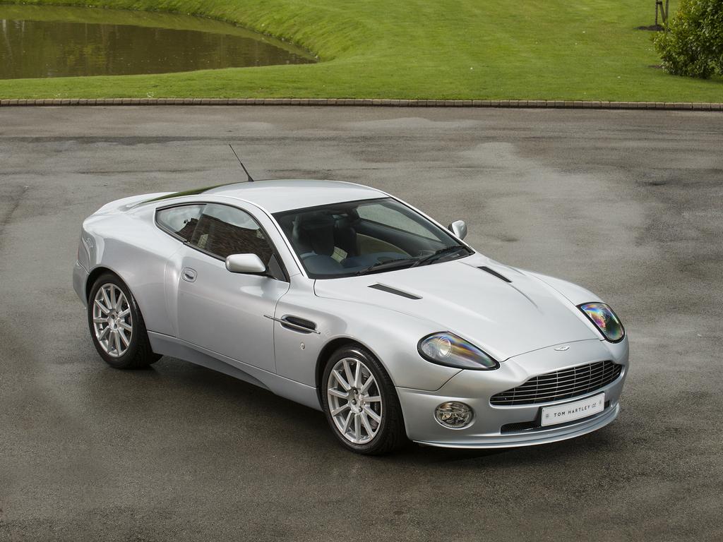 Aston Martin Bezwingen S Tom Hartley Jnr