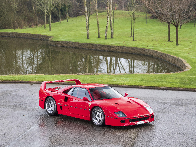 Ferrari F40 086038 Tom Hartley Jnr